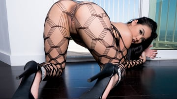Cindy Starfall - The Cum Exchange 2