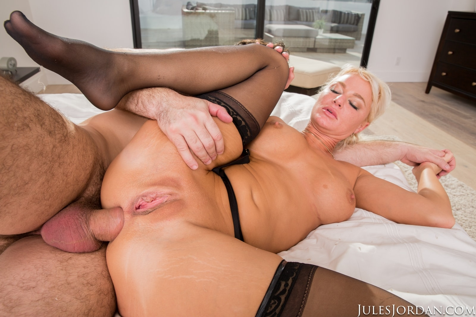 Jules Jordan 'MILF Private Fantasies 3' starring London River (photo 30)
