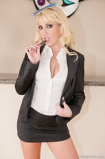 Missy Woods - Missy Woods Lexington Steele Ass To Mouth (Thumb 12)