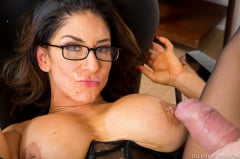Raven Hart - MILF Private Fantasies (Thumb 24)