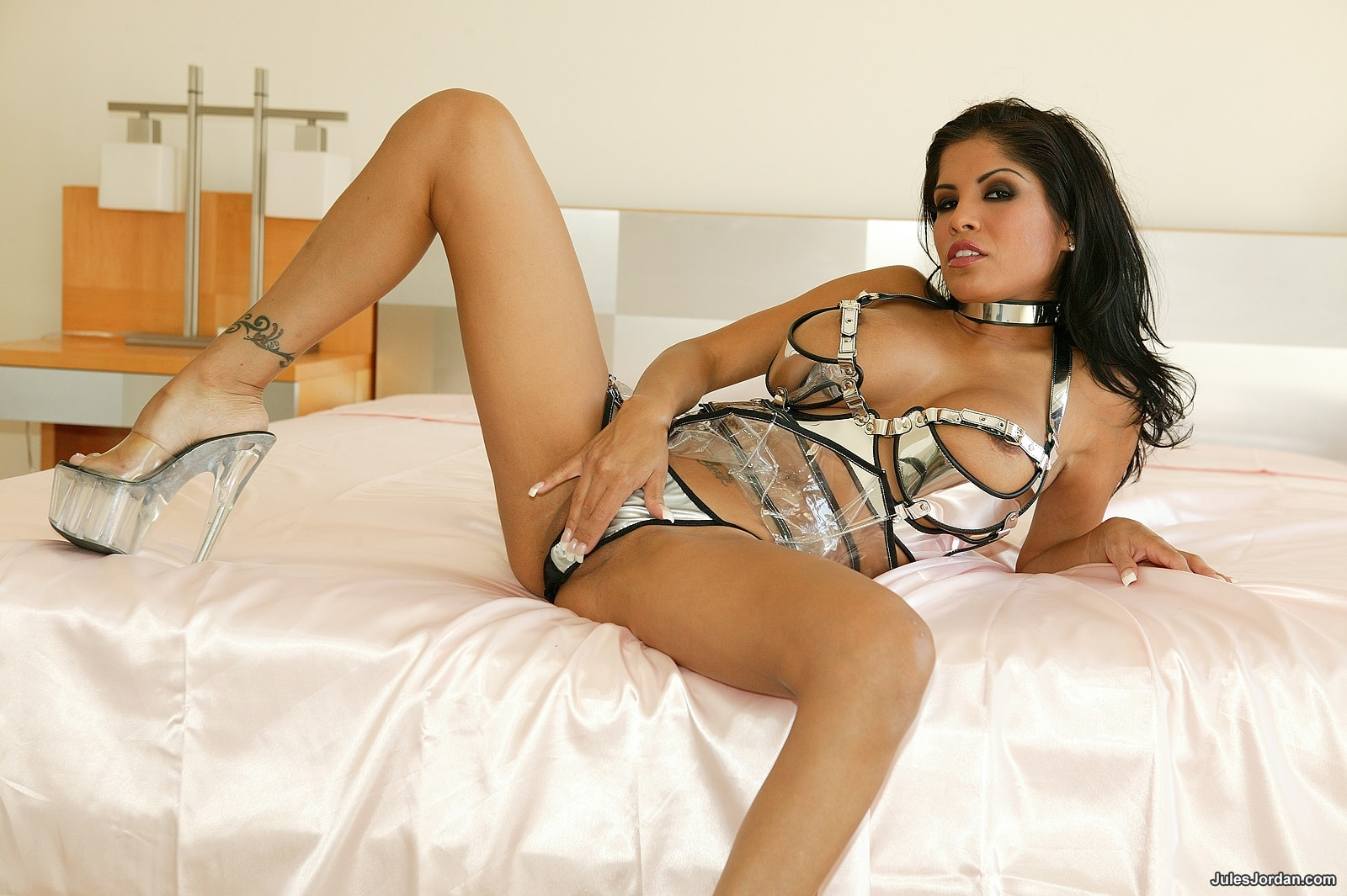 Jules Jordan 'DP With 3 Cocks' starring Alexis Amore (Photo 35)