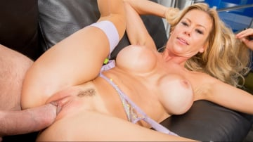 Alexis Fawx - Manuel Is A MILFomaniac 4