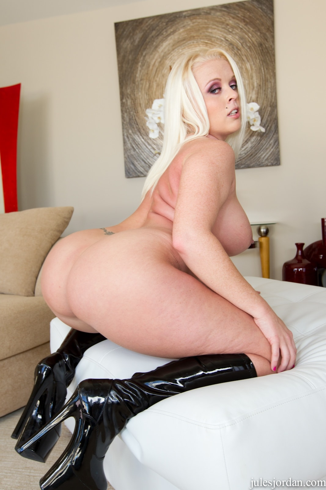 Jules Jordan 'Ass Worship 12' starring Angel Vain (Photo 5)