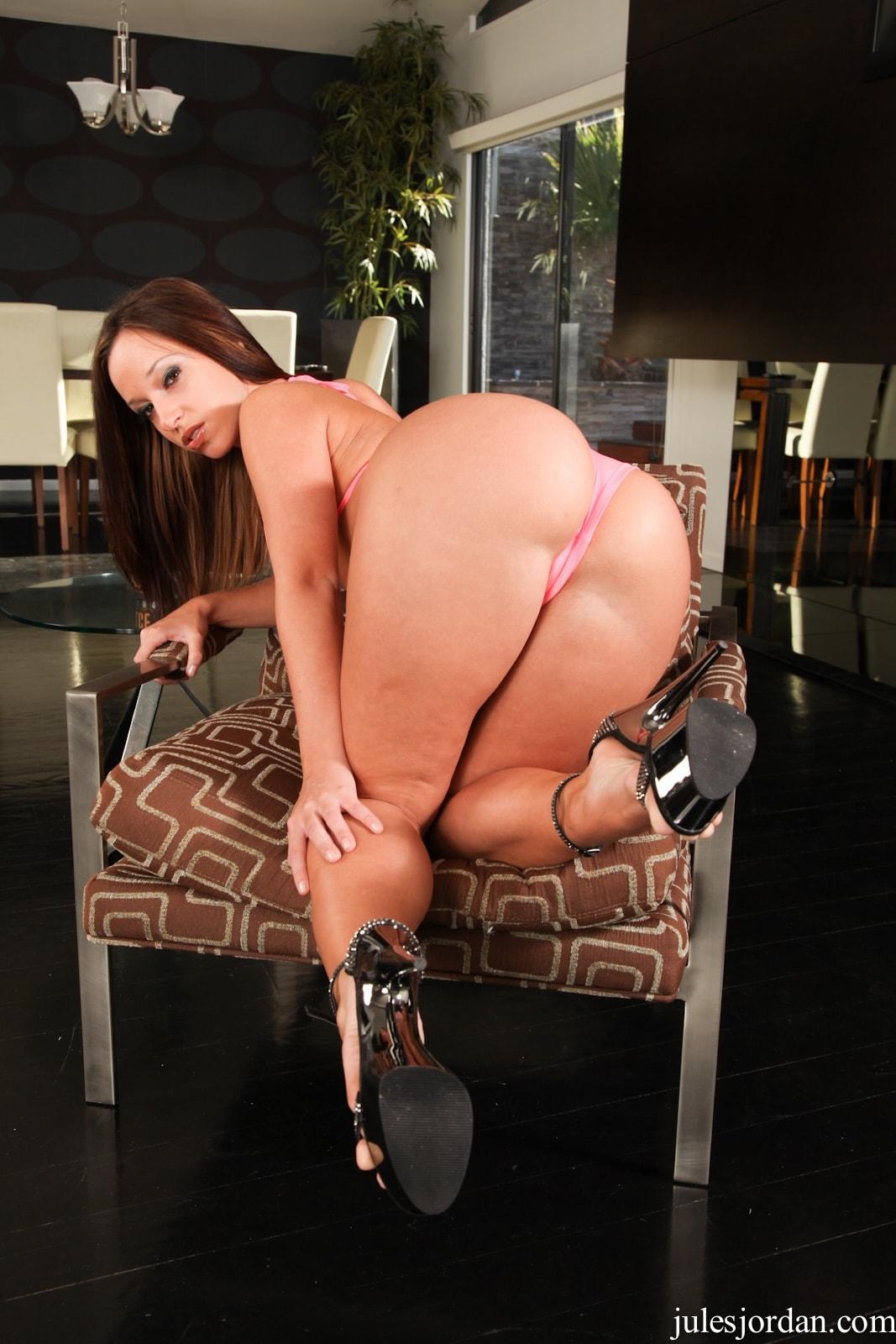 Kelly Divine Big Booty