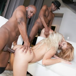 Anikka Albrite in 'Jules Jordan' Big Booty Interracial Orgy Party (Thumbnail 33)