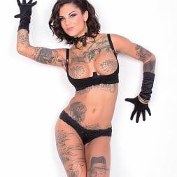 Bonnie Rotten in 'Jules Jordan' Anal Tattooed Squirting Machine (Thumbnail 12)