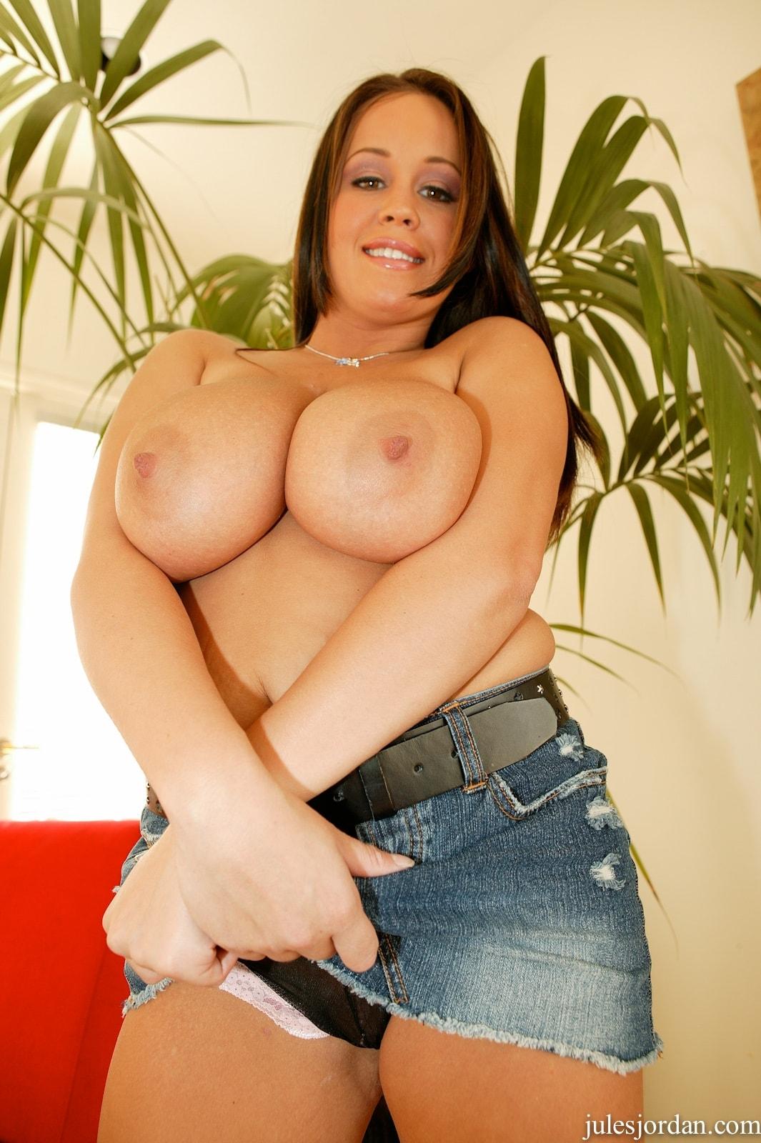 Jules Jordan 'Natural Big Tits' starring Brandy Taylor (Photo 4)