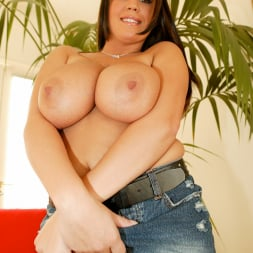 Brandy Taylor in 'Jules Jordan' Natural Big Tits (Thumbnail 4)