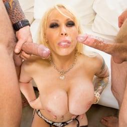Candy Manson in 'Jules Jordan' Busty Double Penetration (Thumbnail 38)