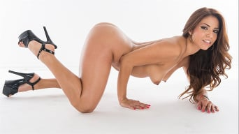 Isabella De Santos in 'Wet Asses 5'