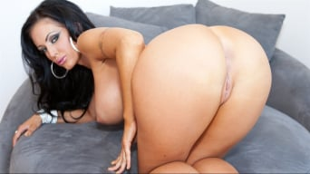 Jenna Presley in 'Interracial By Mandingo'