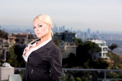 Jesse Jane - Jesse Alpha Female sc3 (Thumb 01)