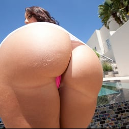 Kelly Divine in 'Jules Jordan' Monster Ass (Thumbnail 4)