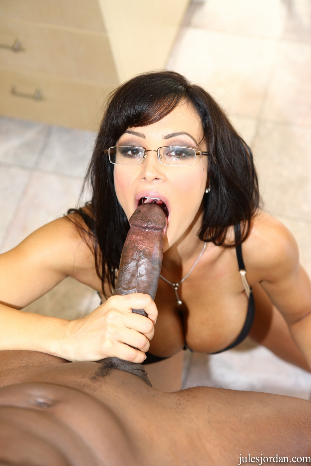 Jules Jordan 'vs Lex Monster Cock Interracial Sex' starring Lisa Ann (Photo 18)