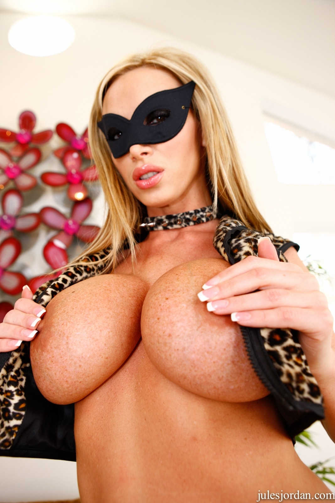 Jules Jordan 'Breast Worship 2' starring Nikki Benz (Photo 28)