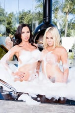 Nikki Benz - Face of An Angel Mind of A Devil (Thumb 40)