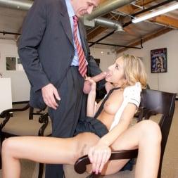 Natalia Rossi in 'Jules Jordan' Nikki Benz Big Titty Fuck (Thumbnail 27)