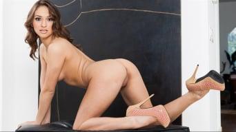 Sara Luvv in 'Sweet Petite 2'