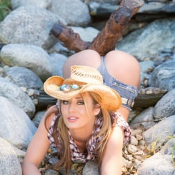 Sheena Shaw in 'Jules Jordan' Ultimate Sin Cowgirl Gets Brother Loads (Thumbnail 15)