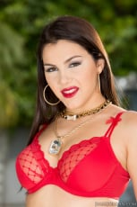 Valentina Nappi - Manuel DPs Them All 2 (Thumb 05)
