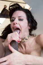 Veronica Avluv - Veronica Avluv MILF Gets The Brother Load (Thumb 33)